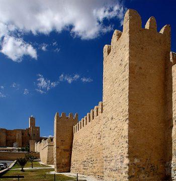 Remparts_de_la_médina_de_Sousse,_23_septembre_2013_(24)